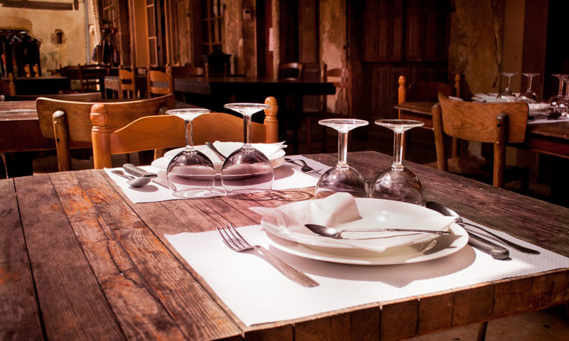 ایده هایی ارزان برای دکور رستوران و فست فود